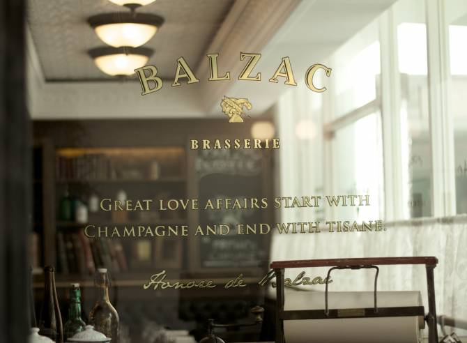 balzac-interier-and-graphic-design-font-family-02