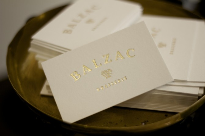 balzac-interier-and-graphic-design-font-family-07