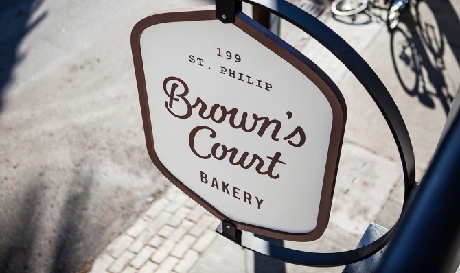 browns-court-font-family-06