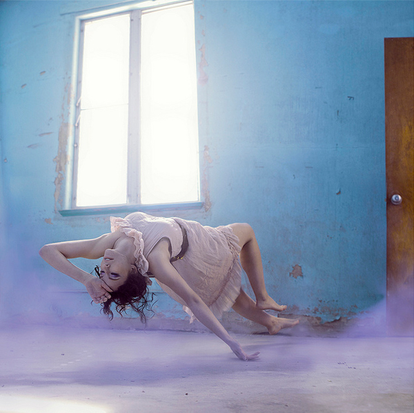 inspired-levitation-photography-25